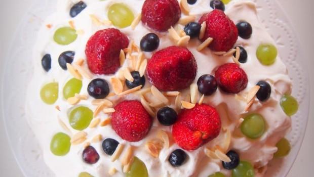 Tortas su migdolų drožlėmis